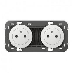 Double prise de courant 2P+T Surface dooxie 16A précâblées blanc