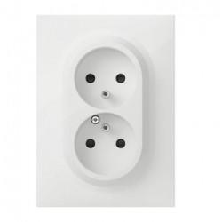 Double prise de courant compacte monobloc easyréno 2P+T dooxie 16A livrée avec plaque carrée blanche - 600321