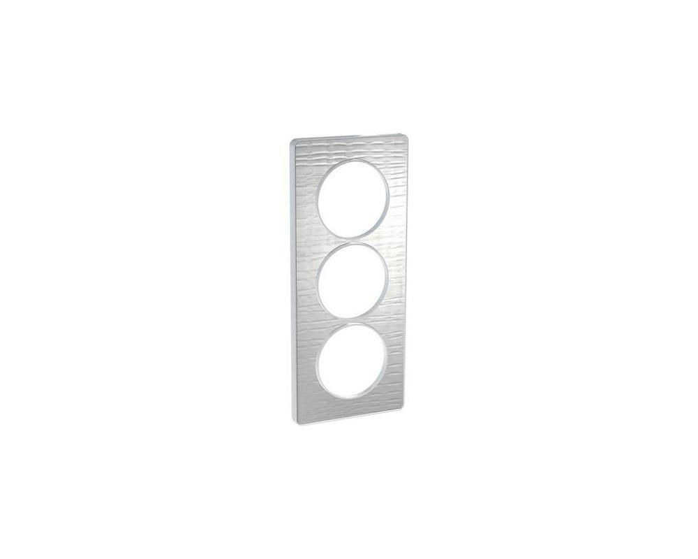 Odace Touch, plaque Aluminium brossé croco avec liseré Alu 3 postes entraxe 57mm - S530816J1